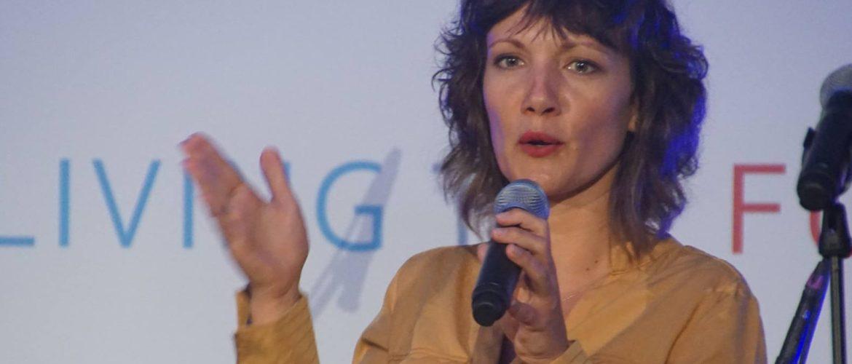 Caroly Houmes (IJM)